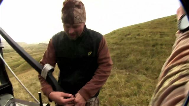 Waddell learns why Jim Shockey does this.