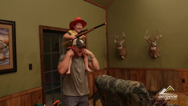 Preview the episode of Whitetail Freaks for the week of 4/11/16